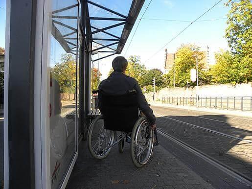 Schüler erfahren wie es sich mit einer Behinderung lebt